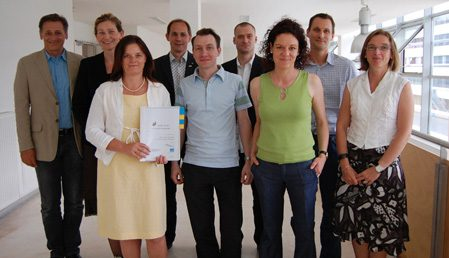 Susanne Schwanzer und das Team des Projekts GEMIS präsentieren das Gender Toolkit für Informatikstudiengänge